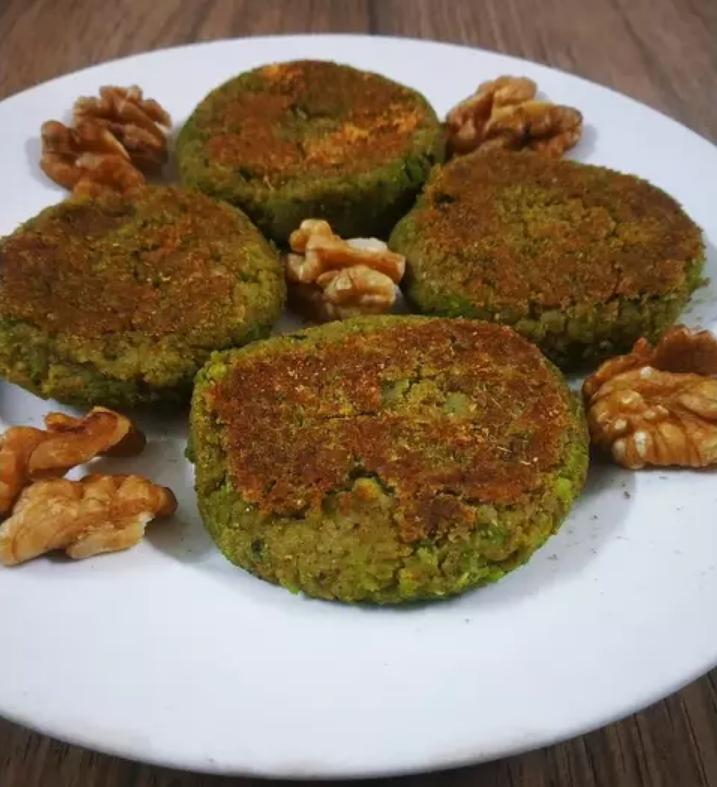 Галаути кебаб - зеленый горошек c грецким орехом