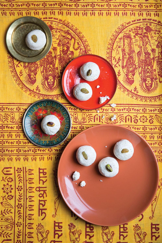 Сандеш - бенгальские молочные конфеты