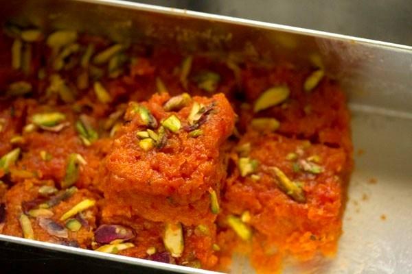 Гаджар Барфи - морковные барфи