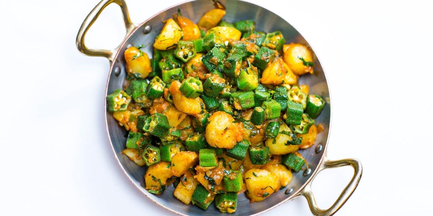 Алу бинди бхуджия - бамия с картофелем