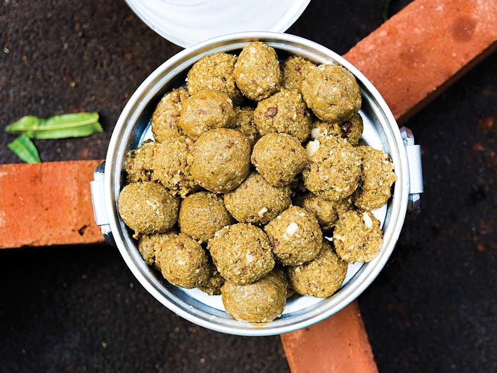 Рисовые шарики с кардамоном - Мандапутту
