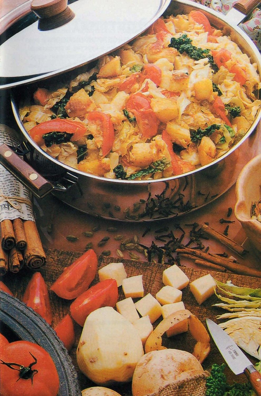 Бандгобхи алу сабджи - Жареная капуста и картофель